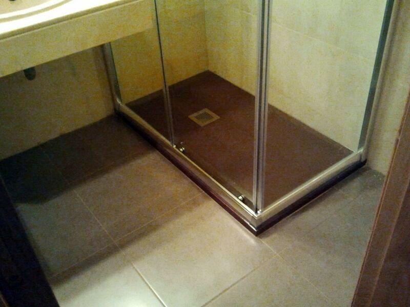 Plato de ducha en wengue por bañera en 1 día
