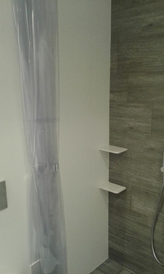 plato de ducha integrado en el suelo