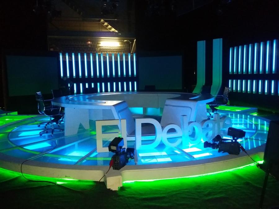 "Plató del Programa: ""El Debate"", de T.V.E. en Canarias"