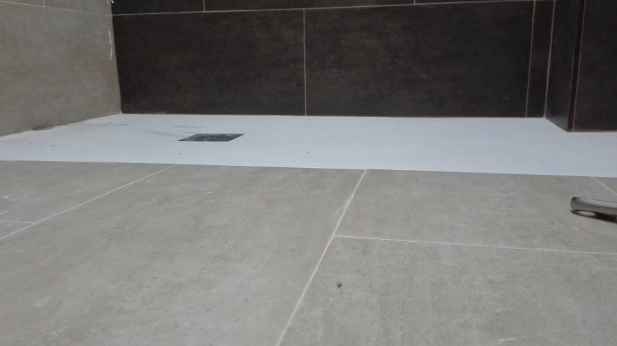 Plato enrasado suelo