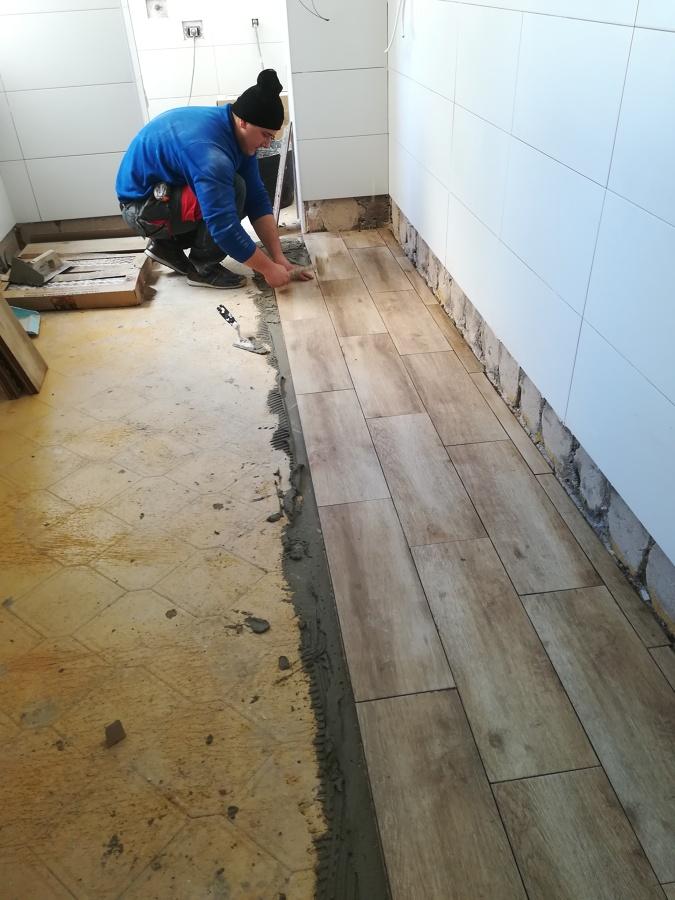 Poner el suelo en cocina