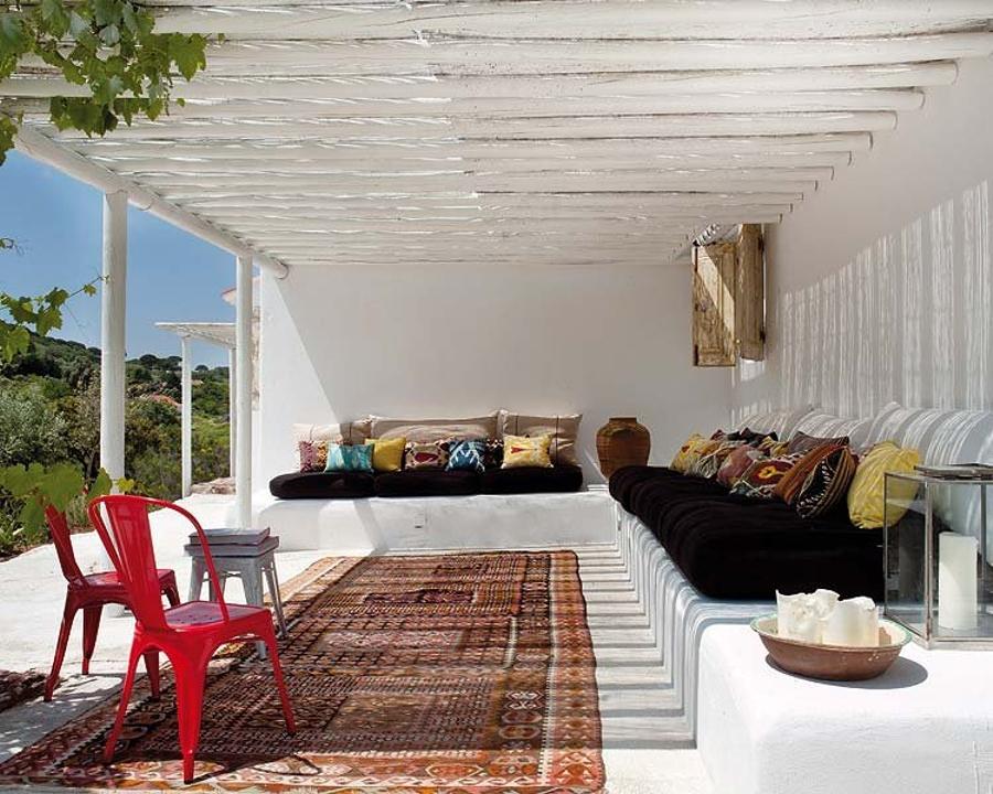Toldos sombrillas y p rgolas disfruta de la sombra en - Porche entrada vivienda ...