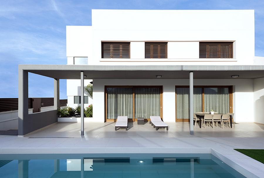 Foto porche y piscina de hadit arquitectos 1053490 for Casas con porche y piscina