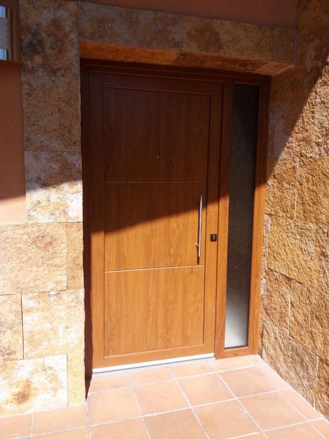 Porta d'entrada vista externament