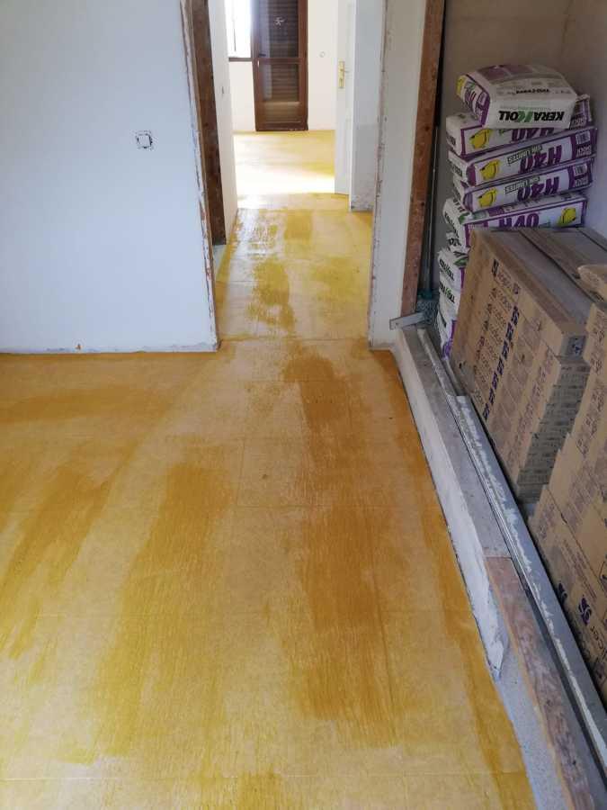 preparación para colocar pavimento