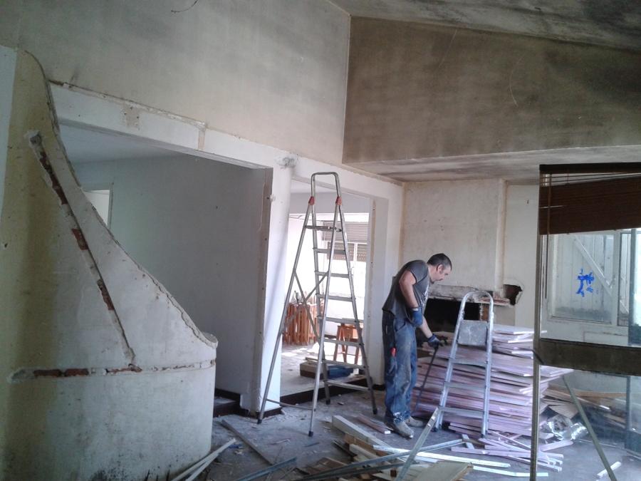 Preparación y demolición de salón comedor.