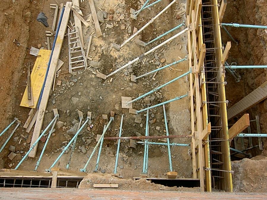 Foto proceso de construcci n de una piscina barcelona de area construction technology 1332687 - Construccion piscinas barcelona ...