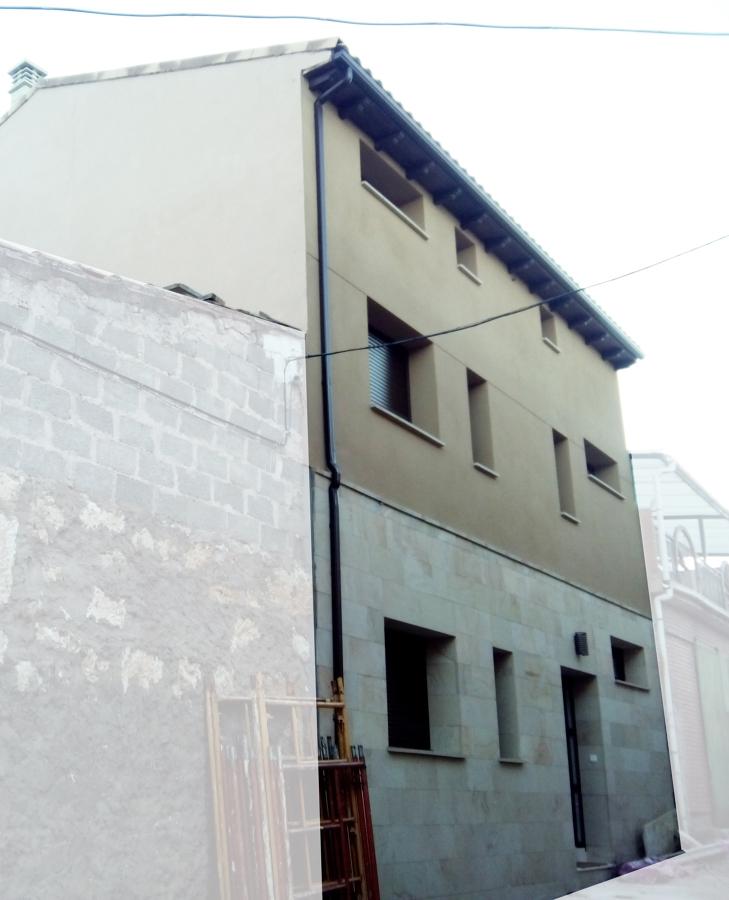 Foto proceso de construcci n vivienda fachada monocapa for O2 piscina sevilla