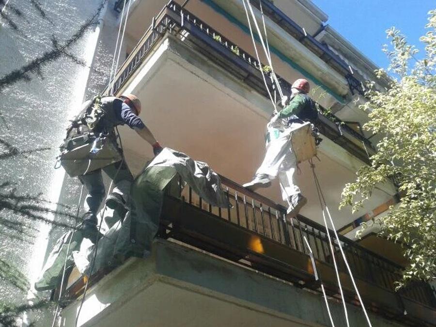 Protegiendo el balcón.