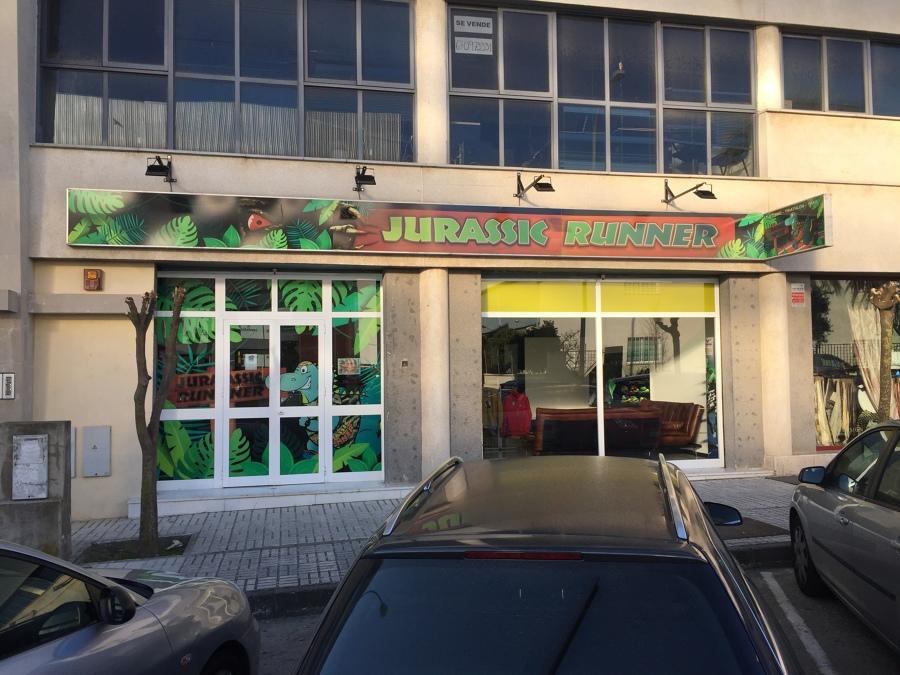 """Tienda de deportes """"Jurassik Runner"""""""