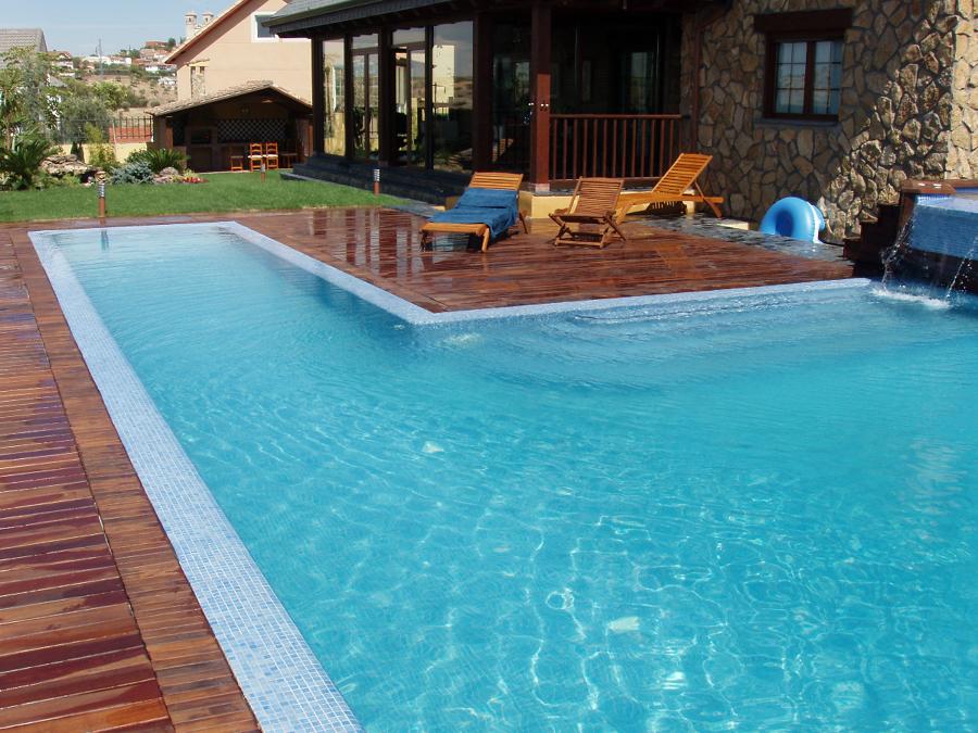 piscina rebosante y spas en campo real ideas