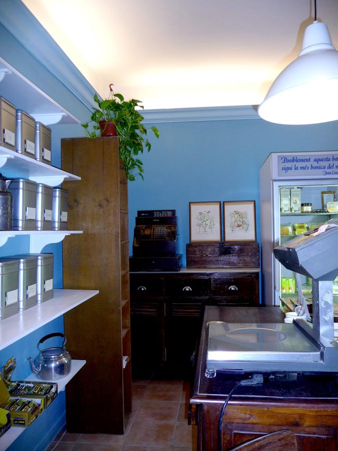 2011 proyecto de interiorismo herbolisteria cullera de pal ideas decoradores - Proyecto local comercial ...