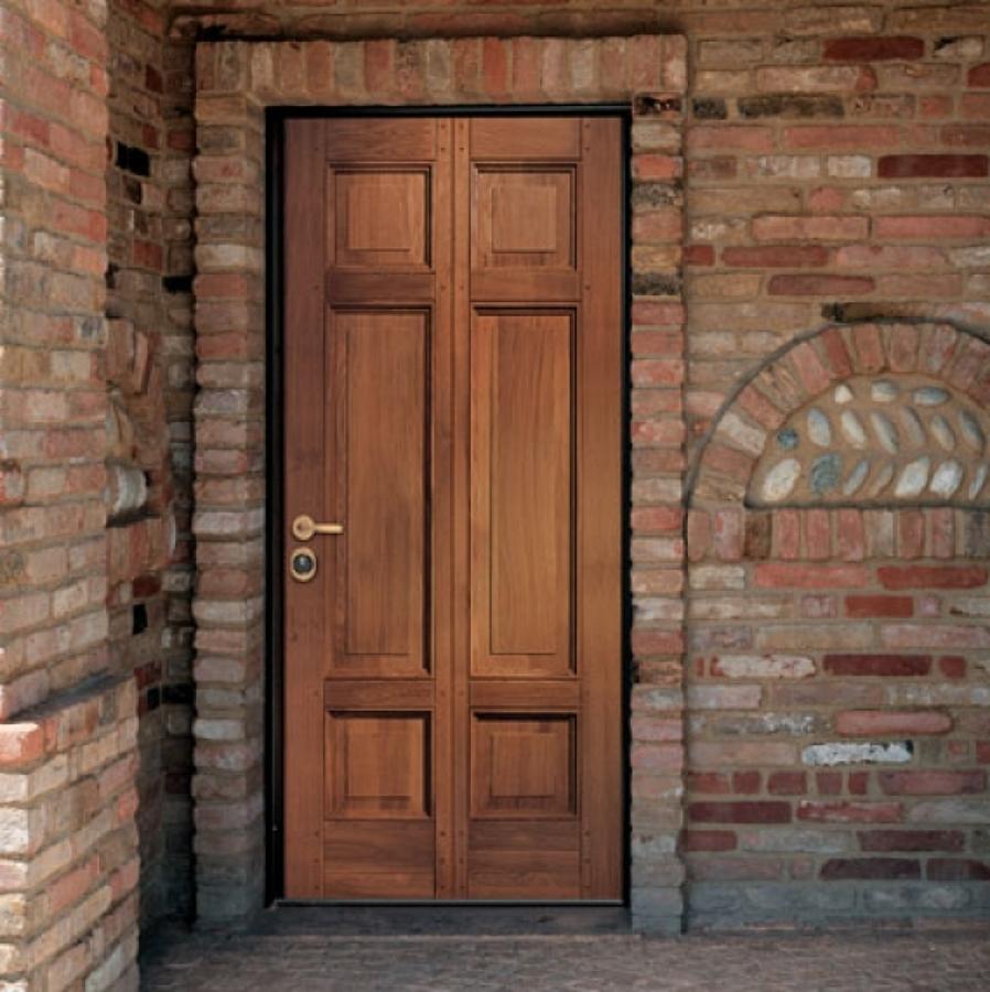 Puerta acorazada