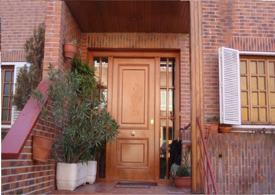 Puerta Acorazada con dos fijos laterales de cristal blindado transparente