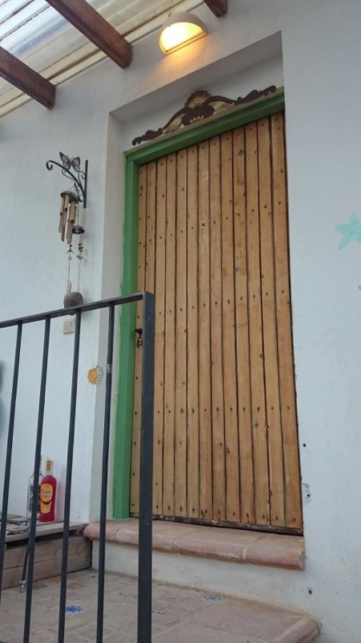 Puerta antes de la restauración