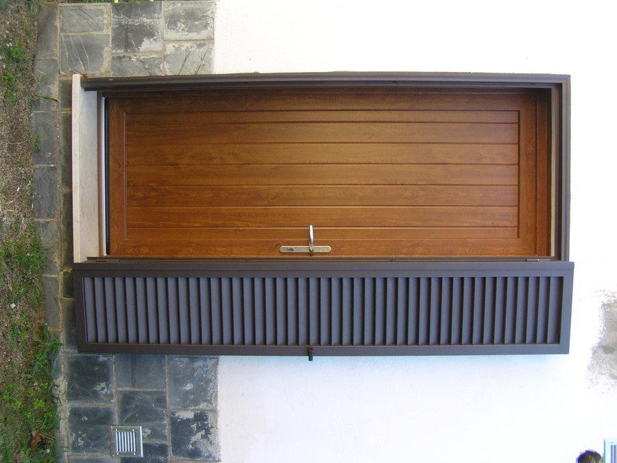 Puerta auxiliar