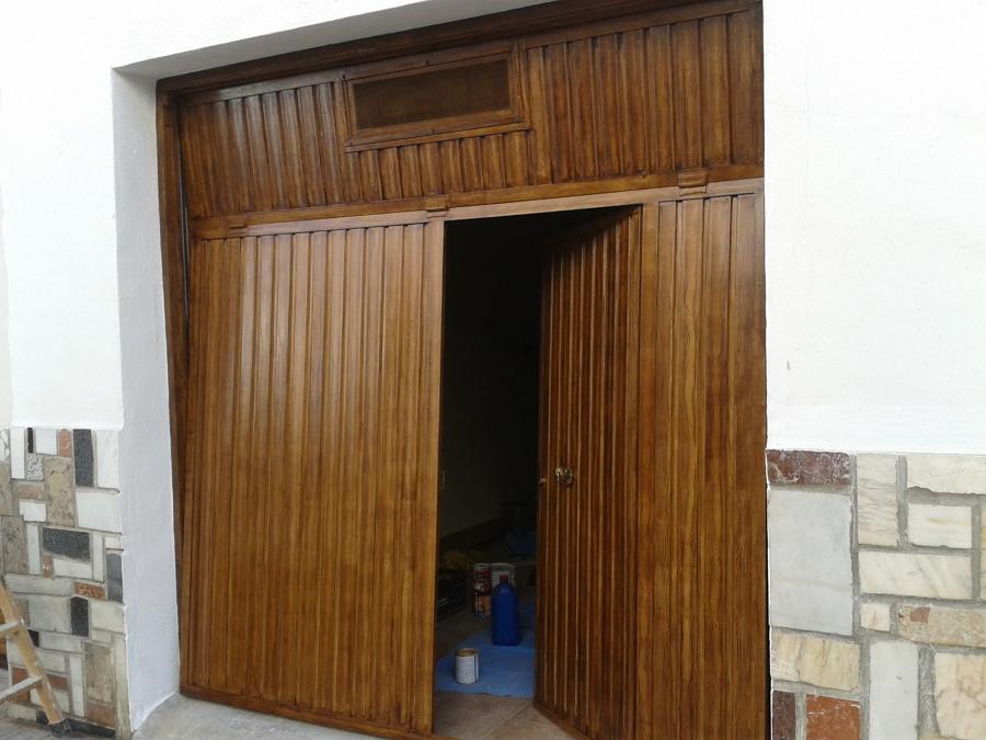 Precio puerta de garaje trendy free puertas seccionales foto with puertas de garaje basculantes - Puertas automaticas garaje precios ...