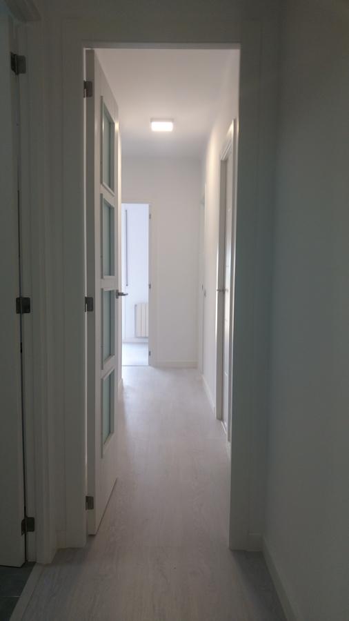 puerta con cristal noruega