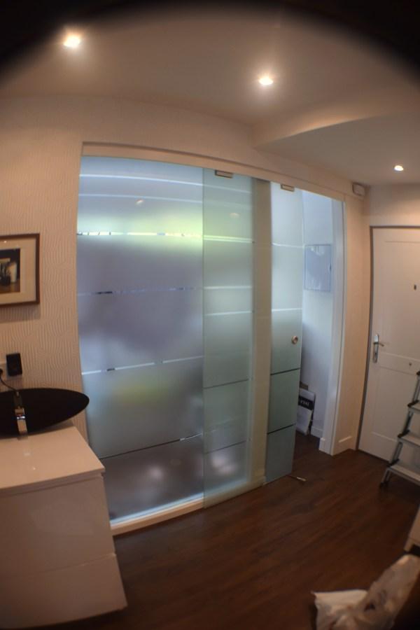 puerta corredera cristal en tendedero