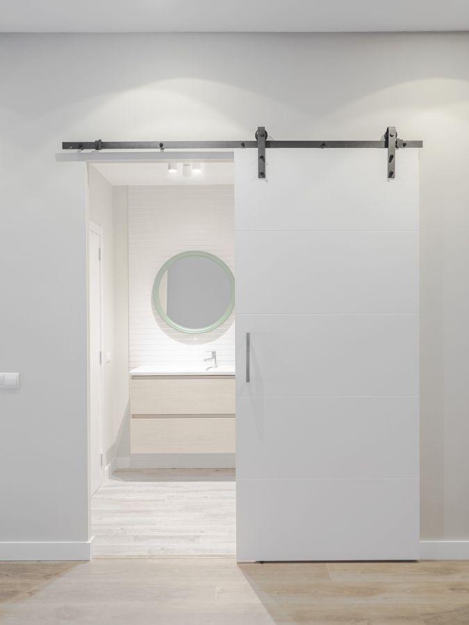 Puerta corredera en el baño