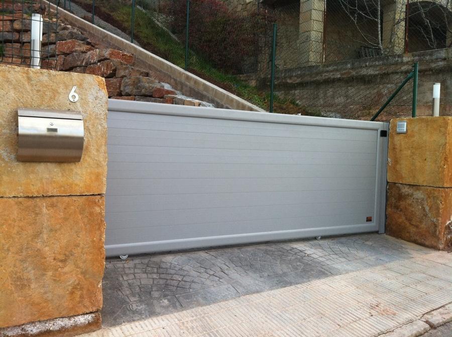 puerta jard n corredera aluminio ideas puertas garaje