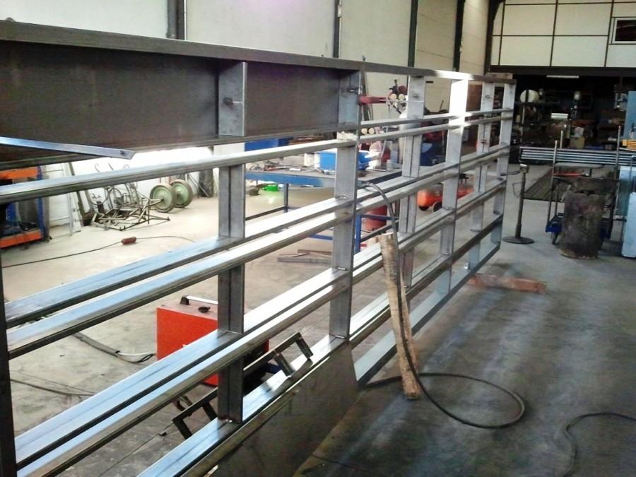 Puerta corredera para acceso garaje ideas carpinter a for Puerta garaje metalica