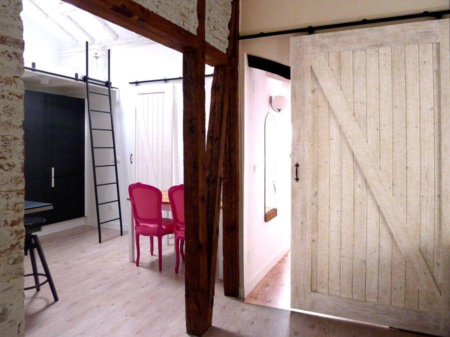 Puerta corredera rústica