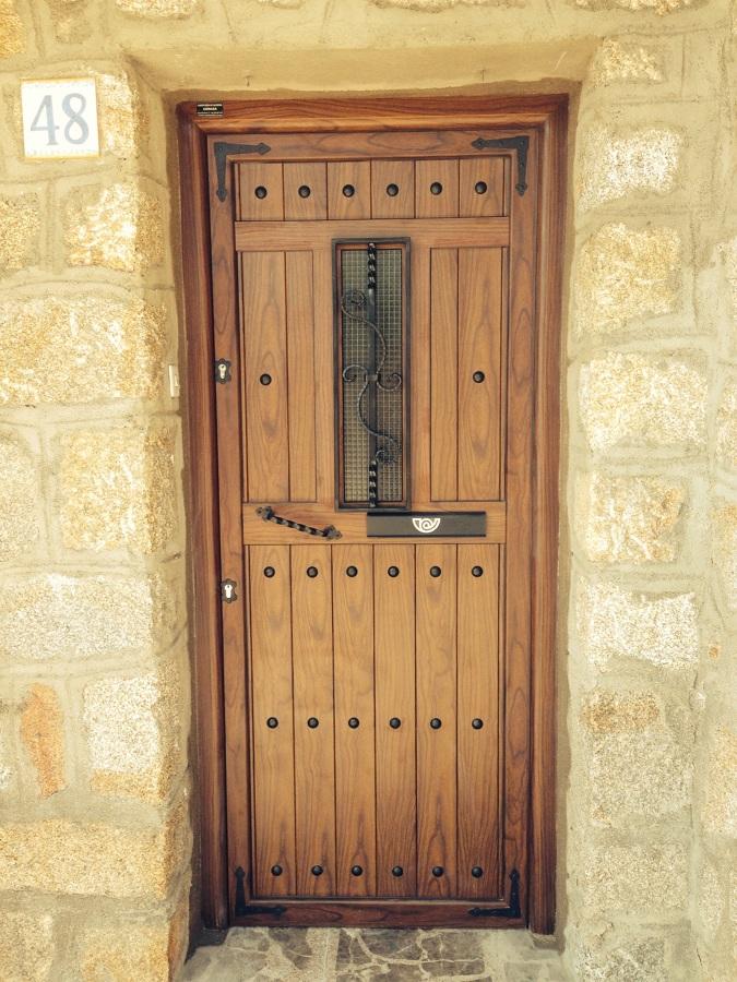 Puertas de calle ideas materiales construcci n - Puertas de calle ...