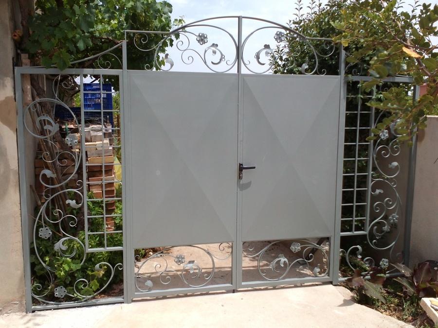 Puerta de Entrada a Jardin