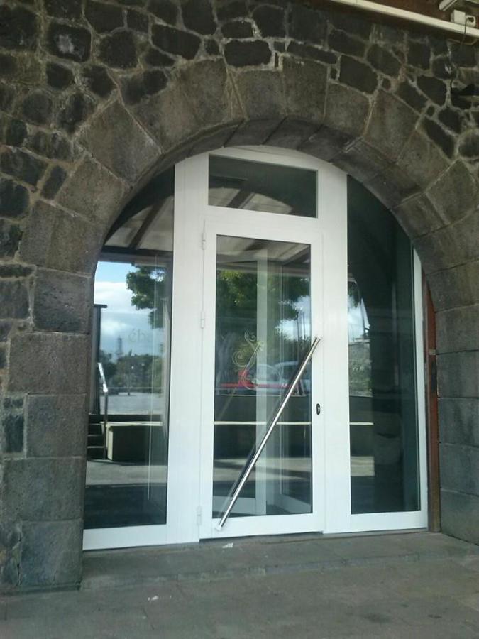 puerta de local