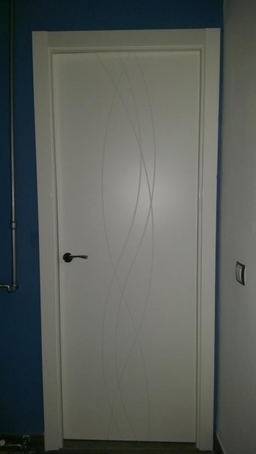 Puerta de paso - lacada en blanco