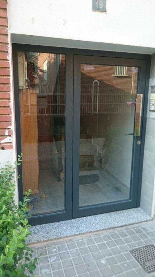 Cambio de puerta de patio ideas cerrajeros for Puertas para patio exterior