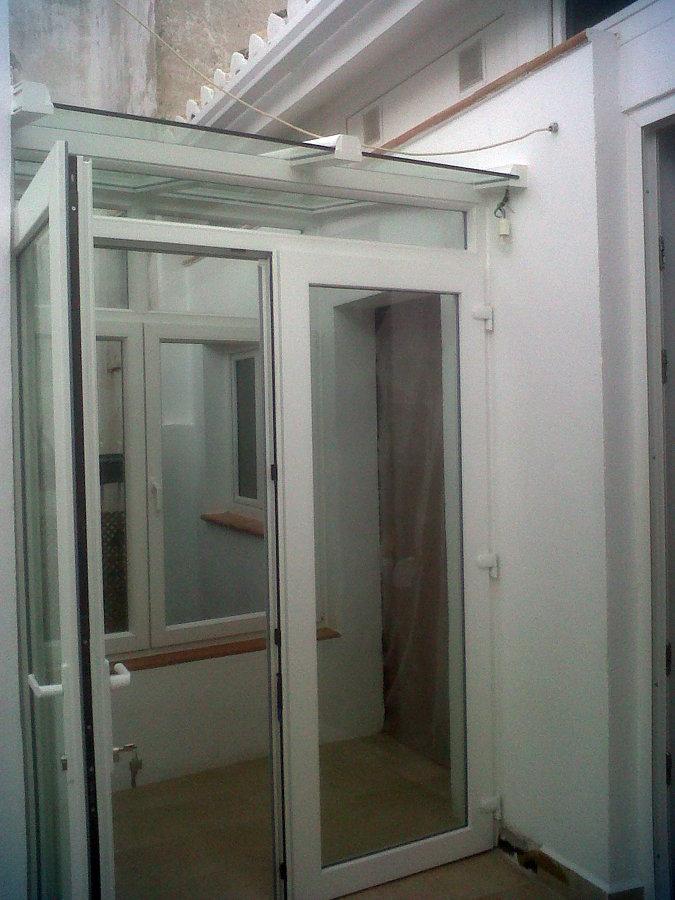 Foto puerta de pvc de cerramiento de don ventana 217278 - Puertas para cerramientos ...