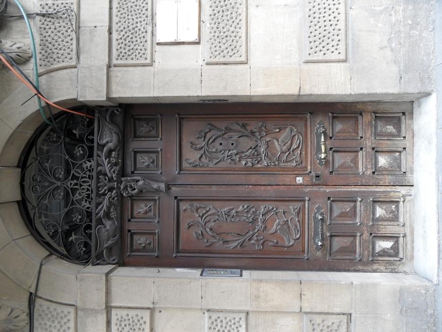 Puerta en Gran Via del año 1904