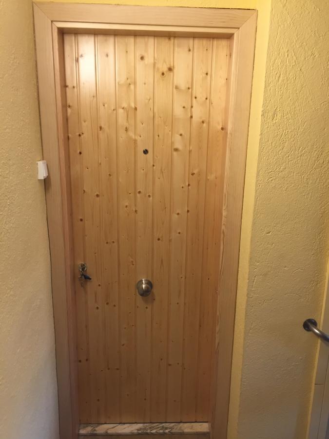 Cambiar puertas de entrada ideas carpinteros - Cambiar puertas de casa ...