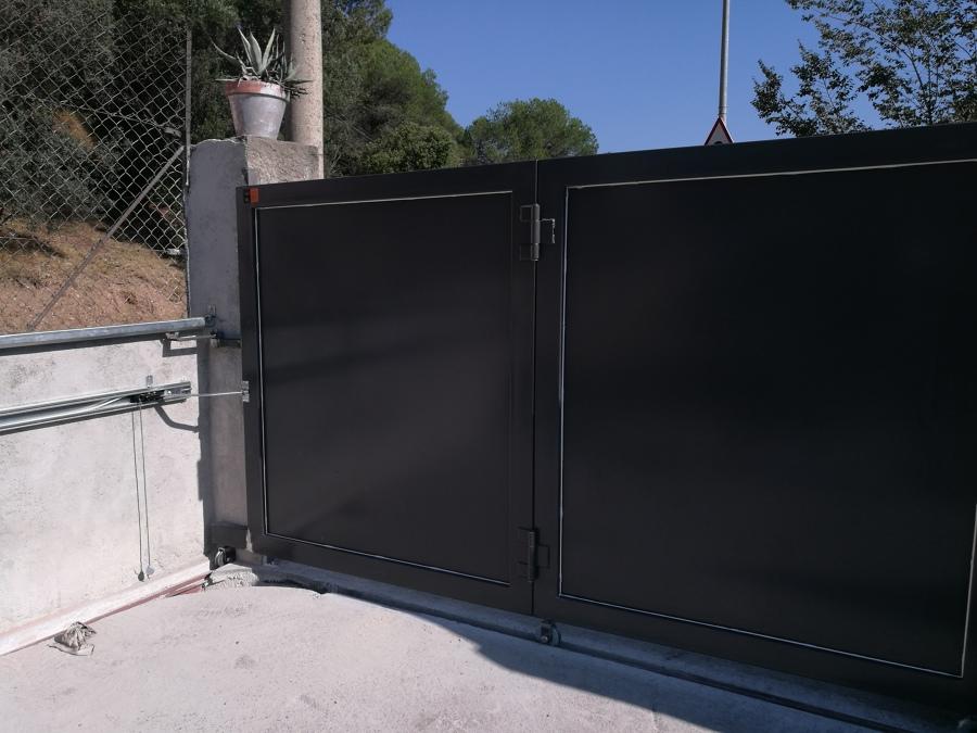 Puerta pivotante desde el interior