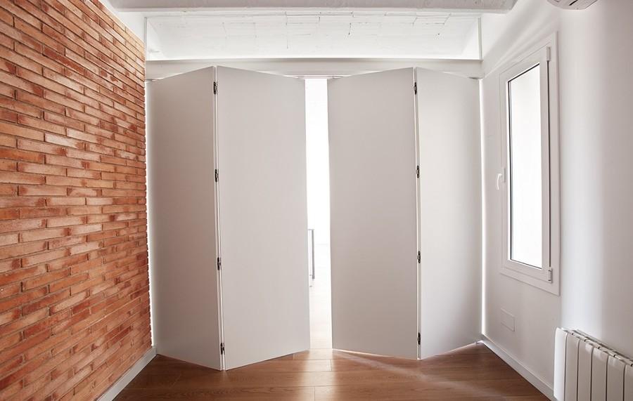 Foto: Puerta Plegable Cerrada de Carpinteru00eda A. Piu00f1ero #943346 ...