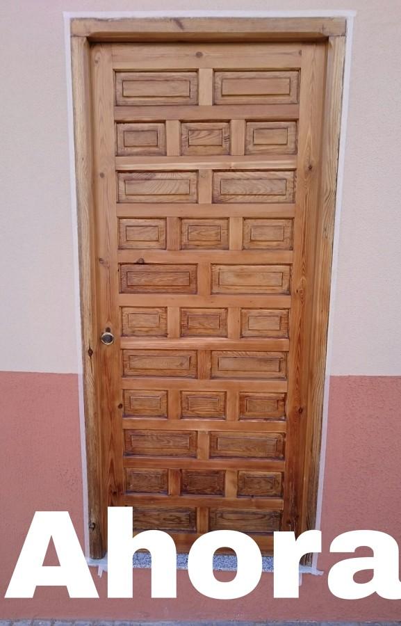 Puerta restaurada ahora