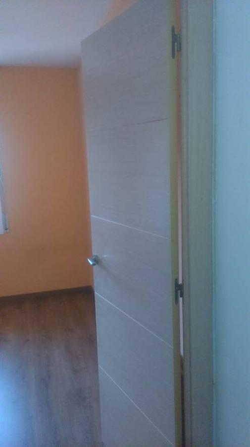 Puertas roble decape parquet finfloor ideas carpinteros for Puertas y parquet