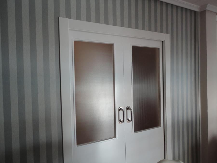 puerta salon comedor con jambeado