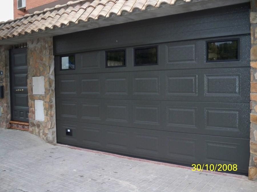 Puerta seccional y motores para cancelas proyectos - Motor para puerta seccional ...