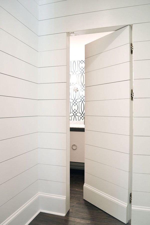 Dialas o malas puertas con papel pintado ideas - Papel pintado para banos ...