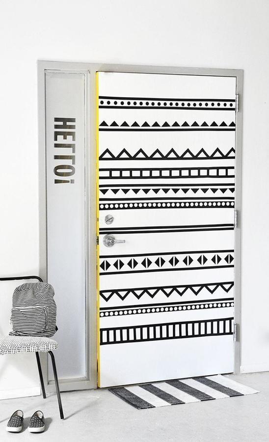 Dialas o malas puertas con papel pintado ideas - Papel para forrar puertas ...