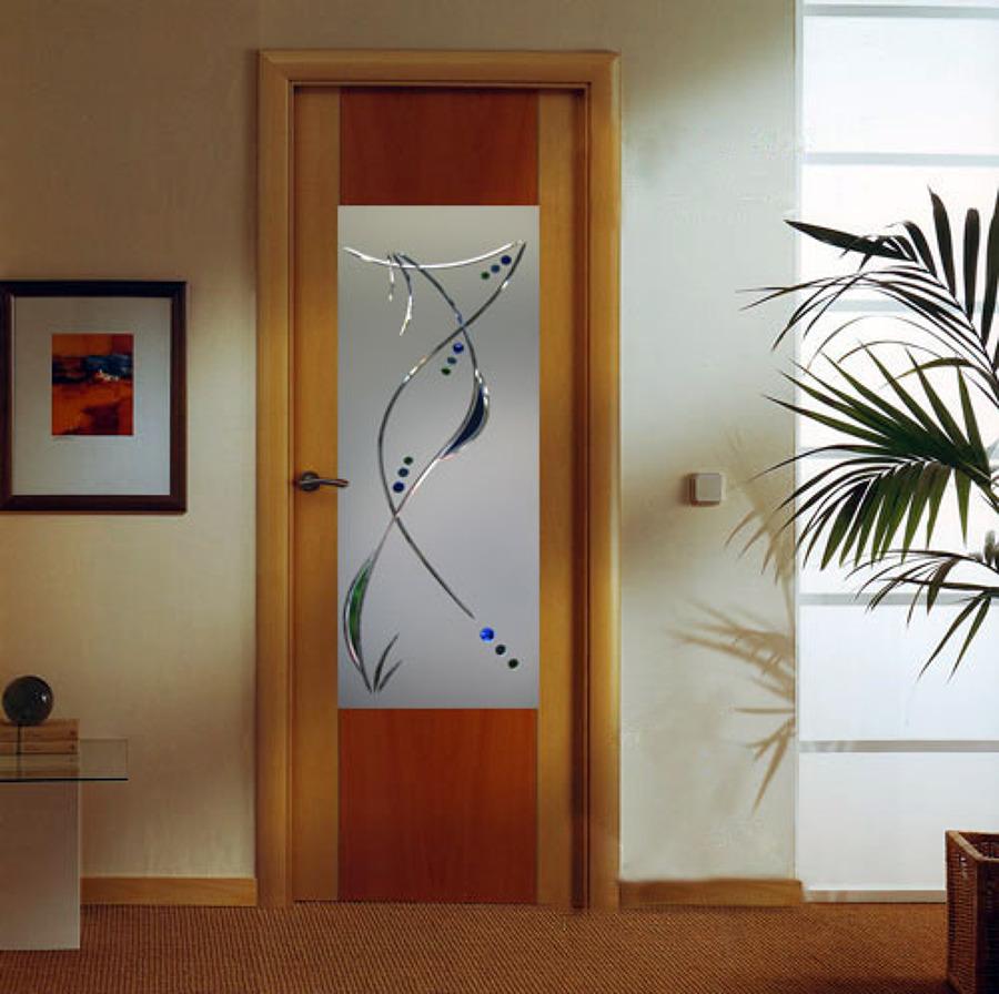 Puerta con vidrio decoraci n ideas reformas viviendas for Vidrios decorados para puertas interiores