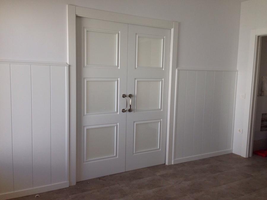 Puertas armarios y friso decorativo madrid ideas armarios for Puertas correderas madrid
