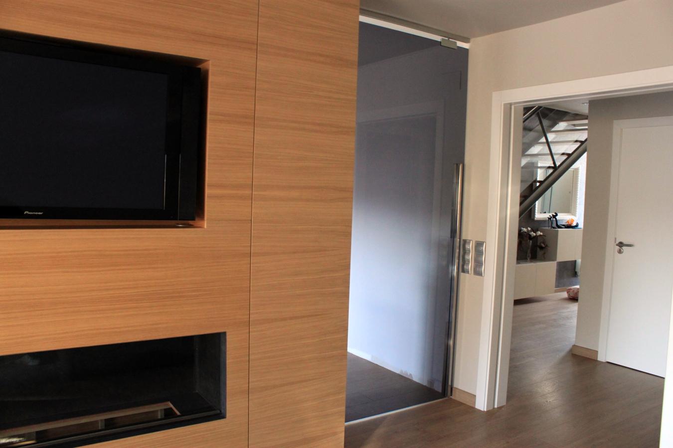 Puertas cristal en casa adosada ideas reformas cocinas for Puertas de cristal para casa