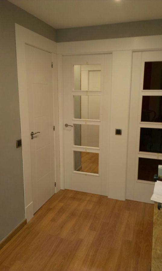 Puertas lacadas en blanco en palma ideas reformas viviendas - Puertas lacadas en blanco ...