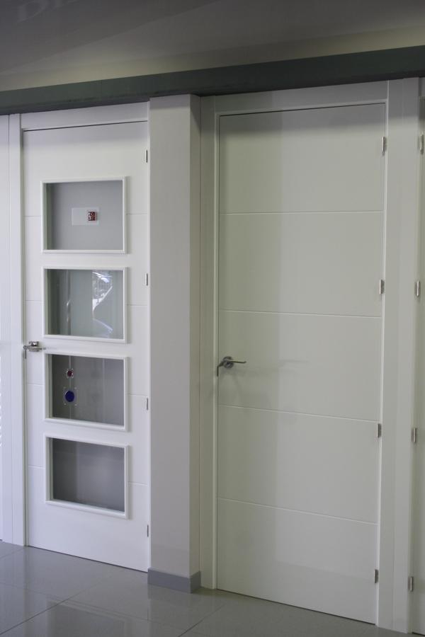 puertas lacadas pantografiadas 4v