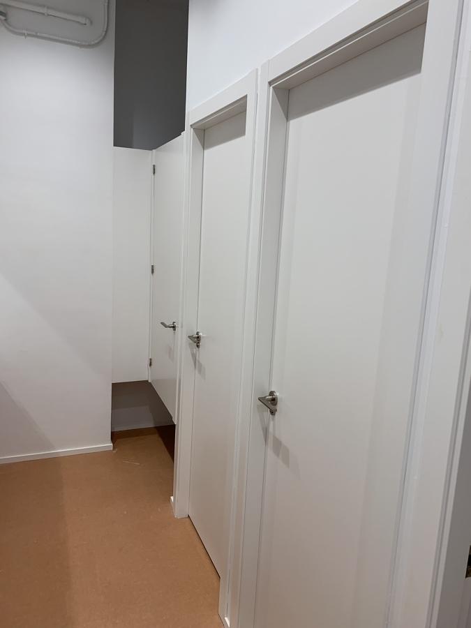 Puertas lavabos