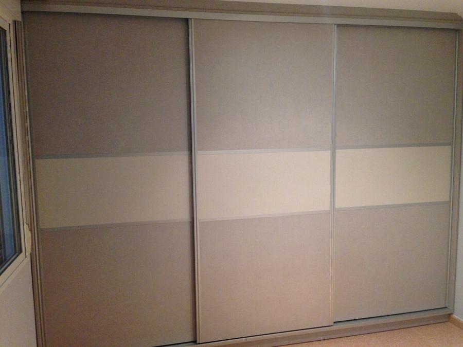 Foto puertas tipo japonesa acabado textil de cocinas for Puertas japonesas